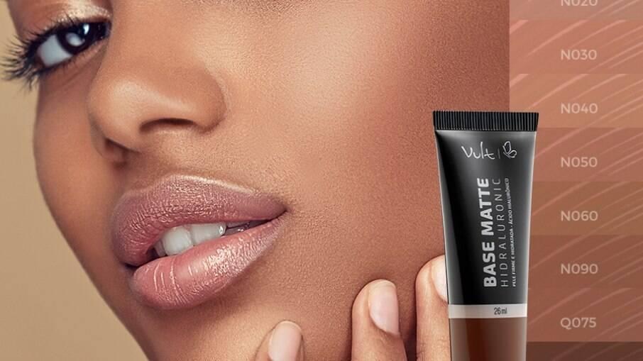 A base é o mais novo lançamento da marca, promete reduzir as linhas de expressão e melhorar a textura da pele.