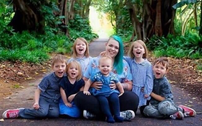 Krechelle Carter é mãe de seis filhos e conta que sempre ouve comentários desagradáveis por conta disso e está cansada