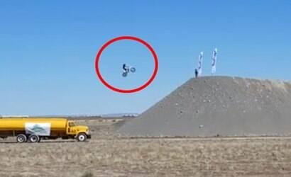 Motoqueiro morre tentando bater recorde de salto