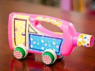 Um carro artesanal e criativo para as crianças