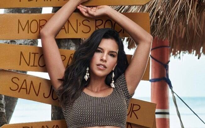 Mariana Rios terminou o namoro com Rômolo Holsback em junho de 2018 e apareceu com novo affair em evento
