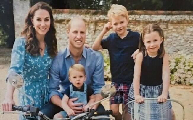 Suposto cartão de Natal da Família Real
