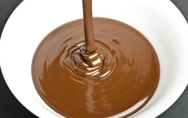 Ganache: o creme de chocolate para recheios e coberturas. Clique e veja a receita