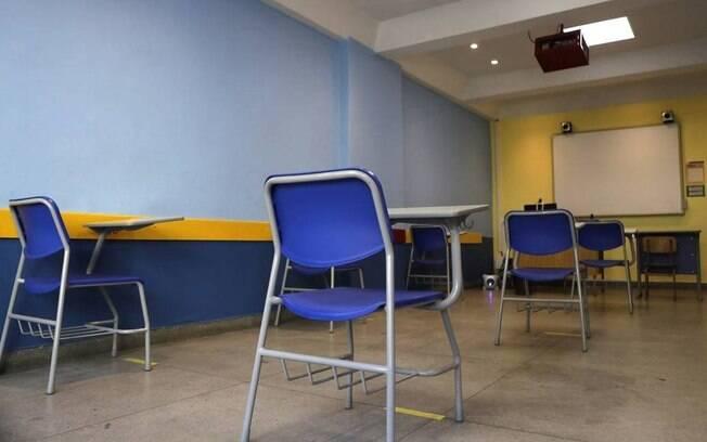 Aulas presenciais para o ensino médio municipal serão retomadas a partir de hoje na capital de SP