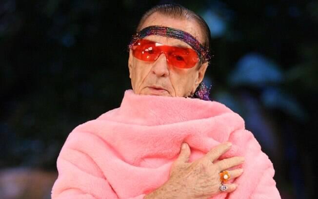 Orlando Drummond, o eterno Seu Peru, esbanja saúde ao 99 anos de idade