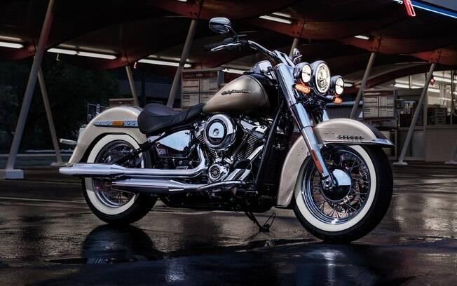 Novo quadro, mais leve e mais firme que o anterior, melhorou  sensivelmente a estabilidade da motocicleta
