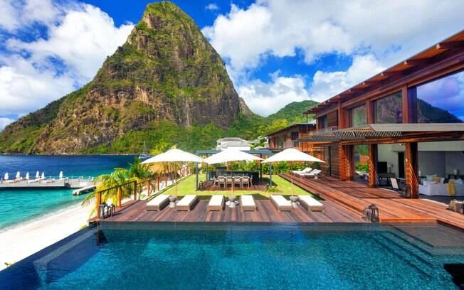 Santa Lúcia, no Caribe, é um país formado a partir de um vulcão e que encanta os turistas