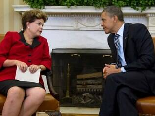 President Barack Obama meets Brazil's President Dilma Rousseff , Monday, April 9, 2012, in the Oval Office of the White House in Washington. (AP Photo/Carolyn Kaster)