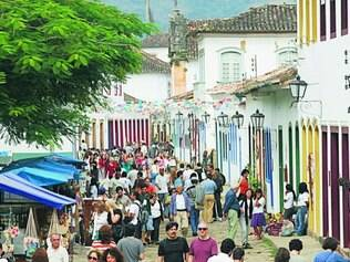 Movimento. Durante a Flip, a cidade de Paraty recebe uma grande movimentação de turistas