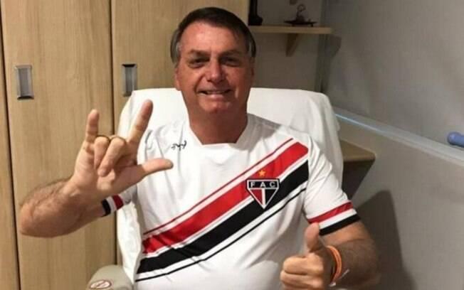 Bolsonaro teve alta neste sábado (26)
