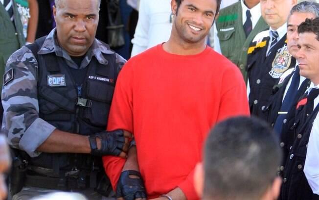 Goleiro Bruno segue preso em Minas Gerais,  acusado de mandar matar a ex-amante Eliza Samúdio