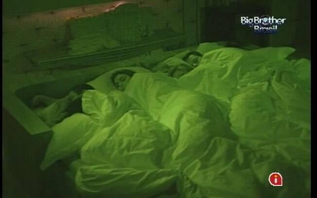 Brothers pegam no sono no Quarto do Líder