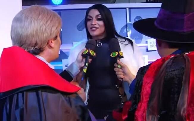 Gui Santana e Rodrigo Scarpa entrevistando Pabllo Vittar