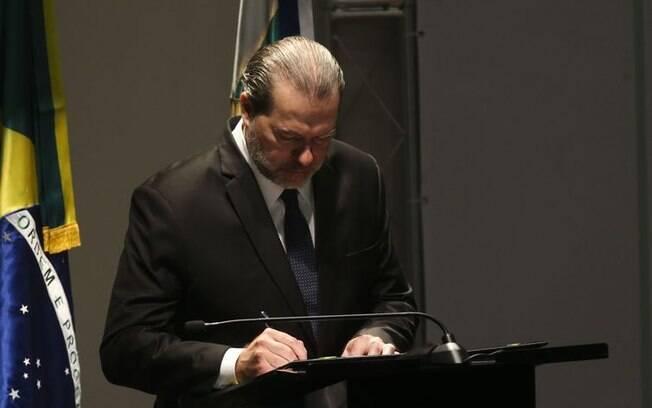 O presidente do Conselho Nacional de Justiça, ministro Dias Toffoli, defendeu penas alternativas