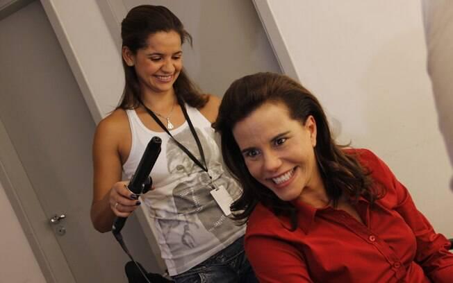 Narcisa Tamborindeguy sendo produzida para comandar o