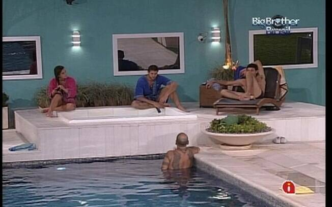 João Carvalho fala de Fred para Laisa, Jonas e Fael