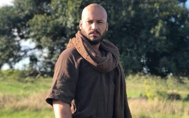 Rodrigo Andrade interpreta um apóstolo de Jesus na novela da Record Tv