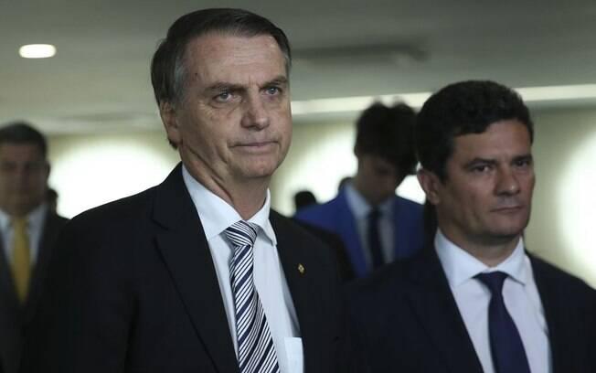 Presidente eleito Jair Bolsonaro e o futuro ministro da Justiça, Sérgio Moro, durante visita ao Superior Tribunal de Justiça