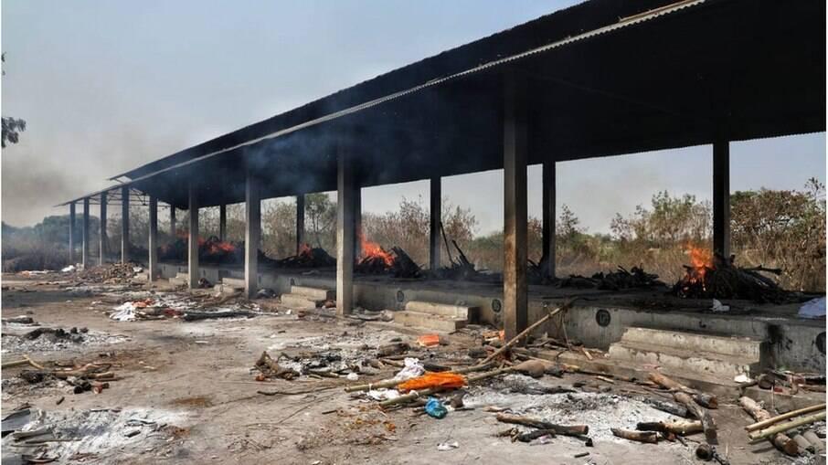 Os crematórios em Lucknow têm ficado acesos 24 horas por dia