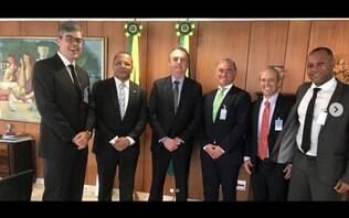 Pai de Neymar se reúne com Guedes para tratar de processo por sonegação