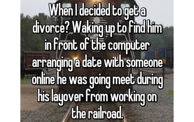 Um dia ela acordou e se deparou com o então marido na frente do computador marcando um encontro com outra mulher