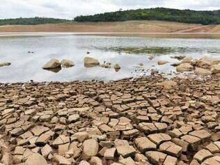 Crítico. Situação da represa Serra Azul ainda é complicada, pois chuvas que caíram nos últimos dias não encheram o reservatório
