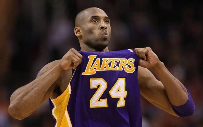 Kobe Bryant morreu após a queda de um helicóptero