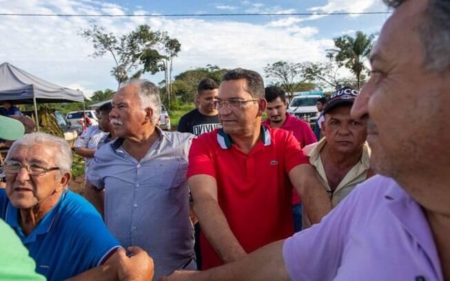 Arlindo Rosa (de bigode) e Francisco Torres (de camisa vermelha), presidente e vice, respectivamente, do Sindicato dos Produtores Rurais de São Félix do Xingu