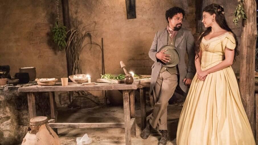 Pilar e Samuel se reencontram