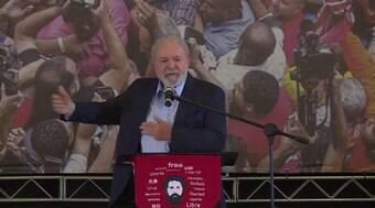 Congresso derruba veto de Lula a mudança na carreira de servidores que custará R$ 2,7 bi
