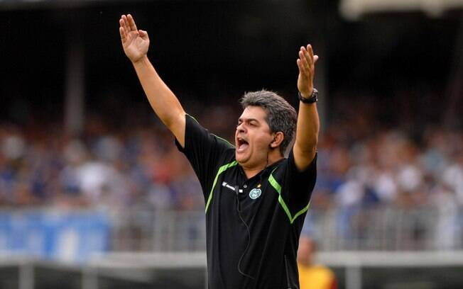 Ney Franco foi o técnico do rebaixamento, em  2009, mas comandou o time na volta para a Série A  em 2010