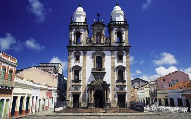 Arquitetura colonial é um dos atrativos de Recife