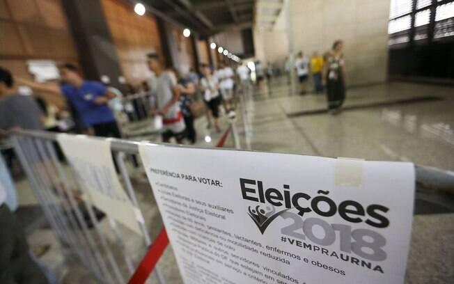 Substituições de urnas eletrônicas não são o único problema registrado pelo TSE neste segundo turno