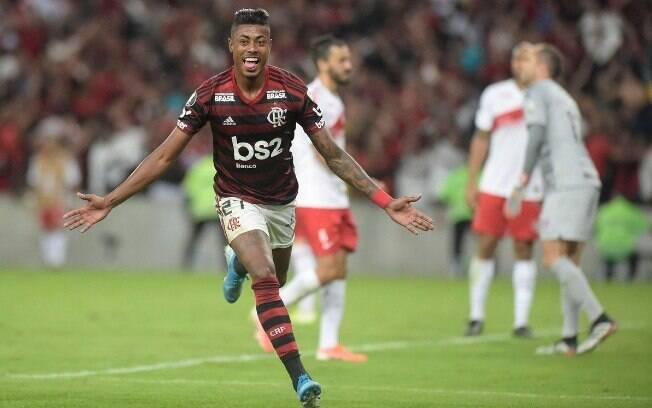 Bruno Henrique marcou os dois gols do Flamengo contra o Inter na ida