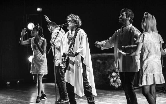 Músicos da banda Titãs expõem sua opinião sobre um eventual governo de Jair Bolsonaro (PSL)