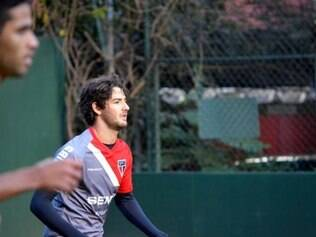 Alexandre Pato foi substituído no intervalo do jogo contra o Atlético-PR