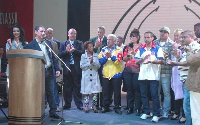Presidentes das escolas de samba decidem a ordem em que entrarão na avenida em 2013