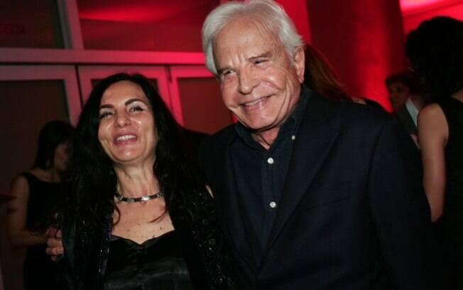 Cid Moreira e sua mulher, Fátima Sampaio, no Prêmio Comunique-se 2011