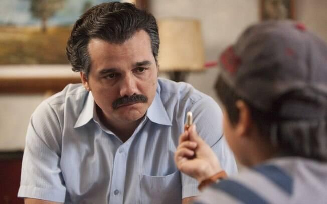 Personagem de Wagner Moura, Pablo Escobar morreu na segunda temporada da série