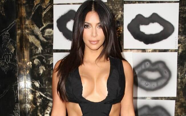 A socialite Kim Kardashian ficou com o segundo lugar do ranking de perfeição estética, com uma pontuação muito próxima à de Scarlett Johansson