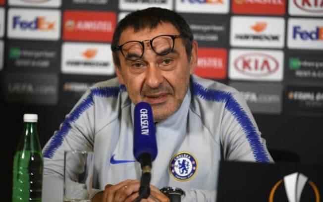Maurizio Sarri falou sobre sequência de jogos do Chelsea e de seu futuro no clube