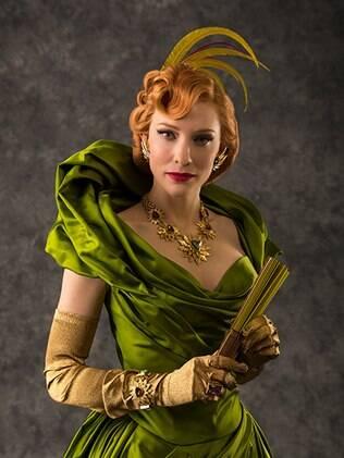Cate Blanchett e o figurino de Lady Tremaine em 'Cinderela'