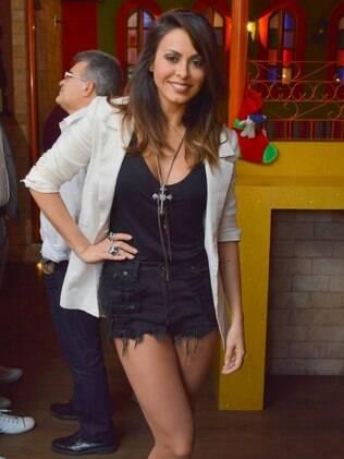 Alinne Rosa seguirá carreira solo após o carnaval