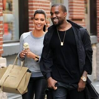 Kim Kardashian e Kayne West: passeio romântico pelas ruas de Nova York