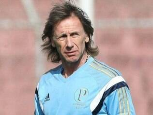 Treinador argentino fez mudanças no Palmeiras