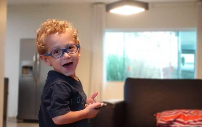 Alegria que Chico apresenta nos vídeos que a família divulga nas redes sociais tem contagiando pessoas pelo Brasil