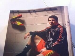 Biografia de Messi é distribuída na casa do futebol brasileiro