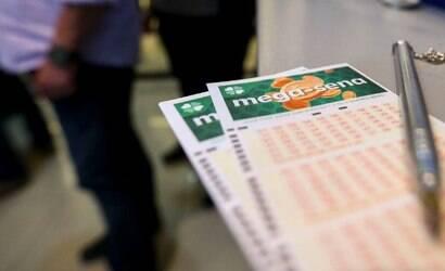 Confira as dezenas sorteadas na Mega-Sena no sábado