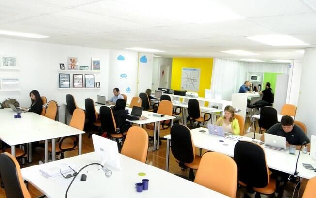 Espaços de coworking costumam estar localizados nos principais pontos da cidade