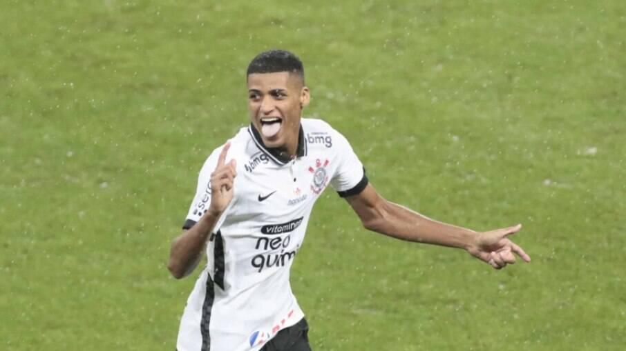 Rodrigo Varanda perdeu espaço na equipe do Corinthians